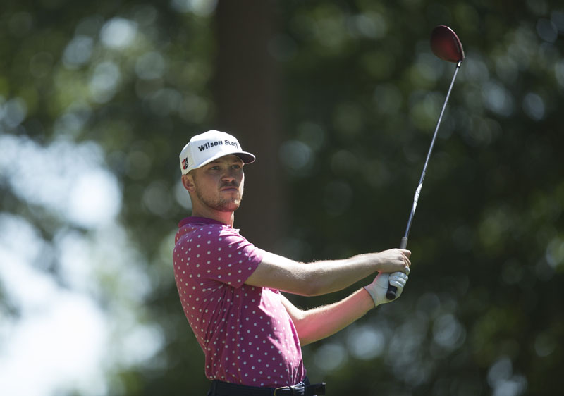 Mansell races to first round lead at Nokia Masters