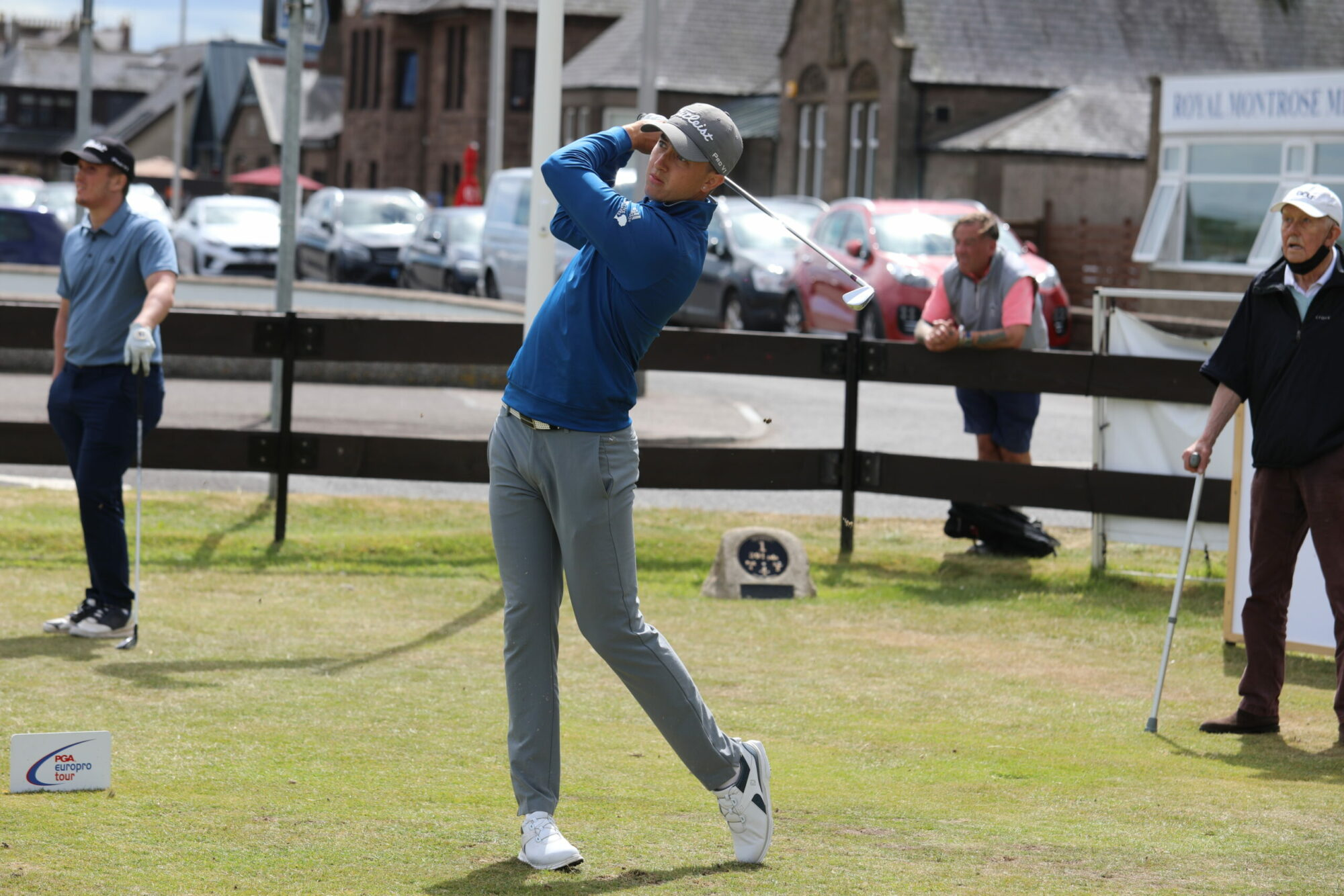 Billy McKenzie shoots opening round of 60 at Castletown Golf Links